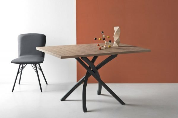 Tavolo Calligaris linea Connubia modello Twister - MYHOME Outlet